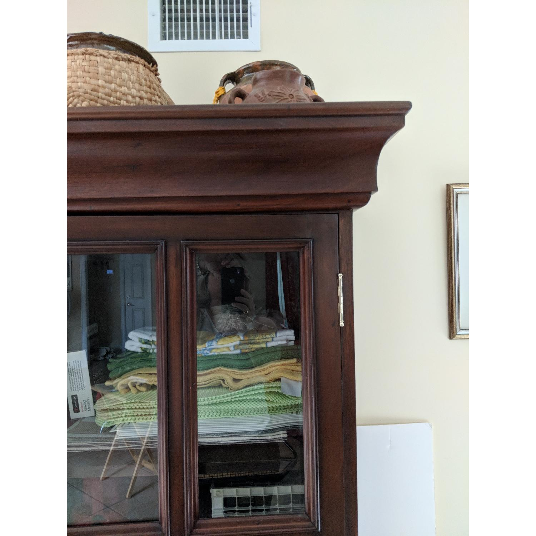 Oversized Curio-Cabinet - image-3