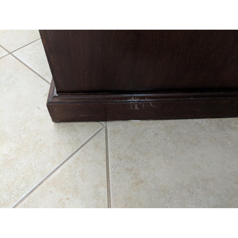 Oversized Curio-Cabinet - image-6
