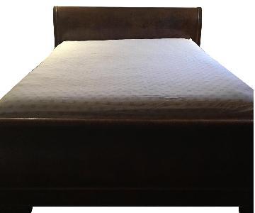 Drexel Heritage Queen Sleigh Bed
