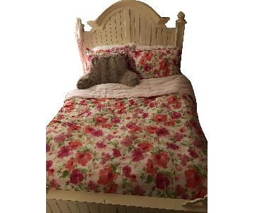 Thomasville Queen Size Bed Frame w/ Headboard