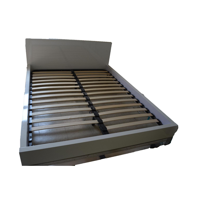 Modani Modern Platform Bed Frame w/ Headboard