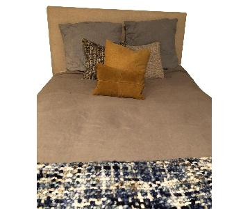 West Elm Grid Tufted Oatmeal Pebble Weave Bed w/ Headboard