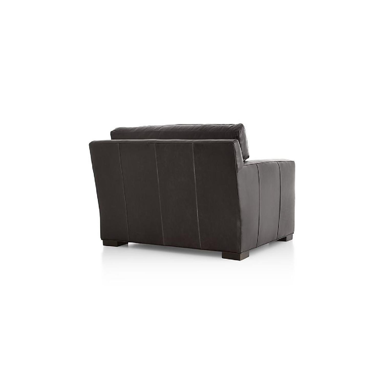 ... Crate U0026 Barrel Axis II Leather Chair 3