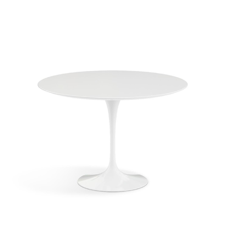 Knoll Tulip Saarinen White Round Dining Table