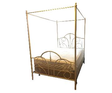 Vintage Style White Canopy Bed w/ Box Spring (Full)