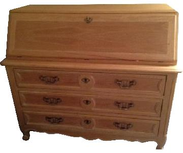 Blonde Wood 3 Drawer Dresser