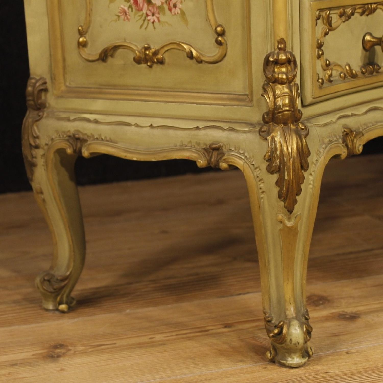 Venetian Dressing Table in Lacquered Painted Gilt Wood