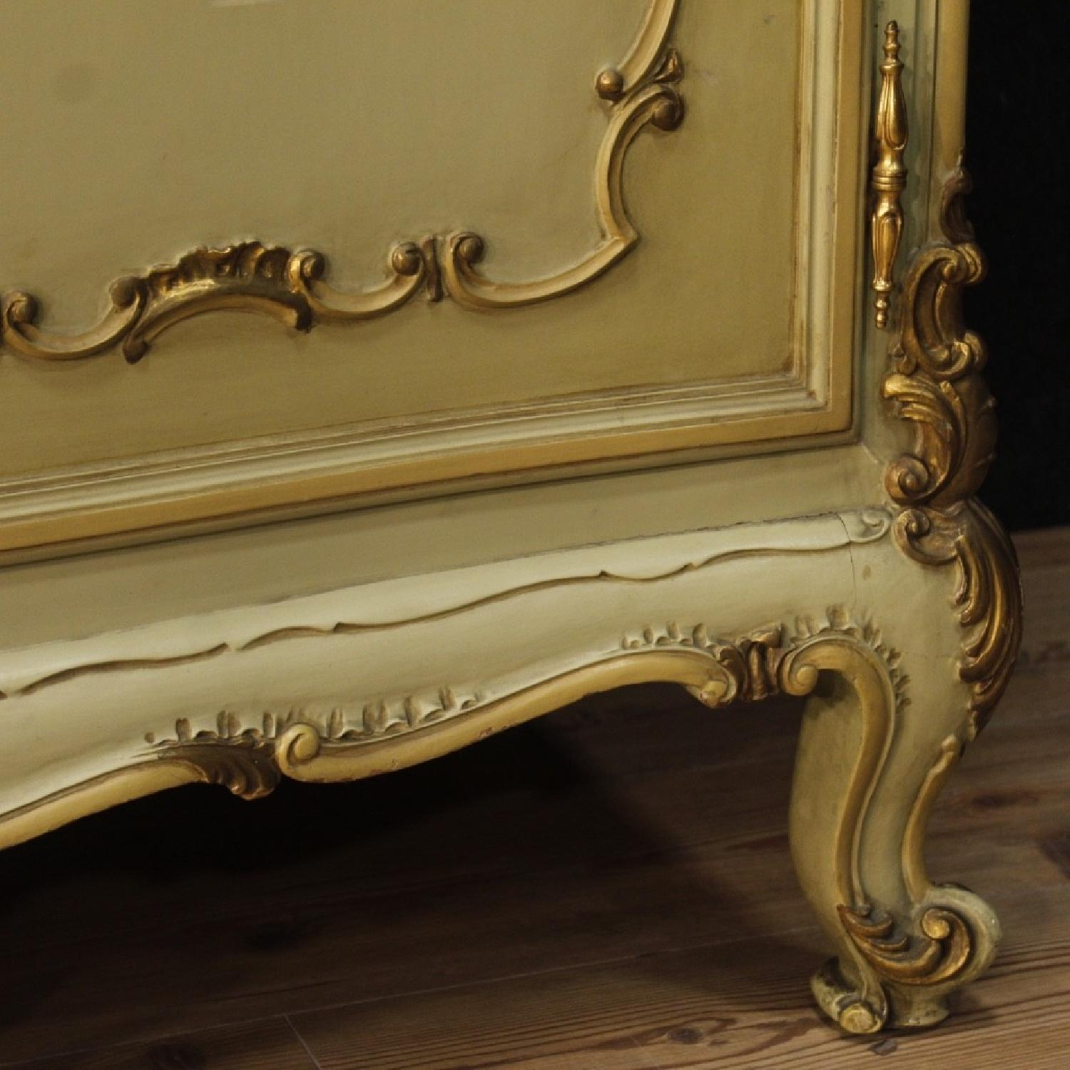 Venetian Wardrobe in Lacquered Gilt Painted Wood