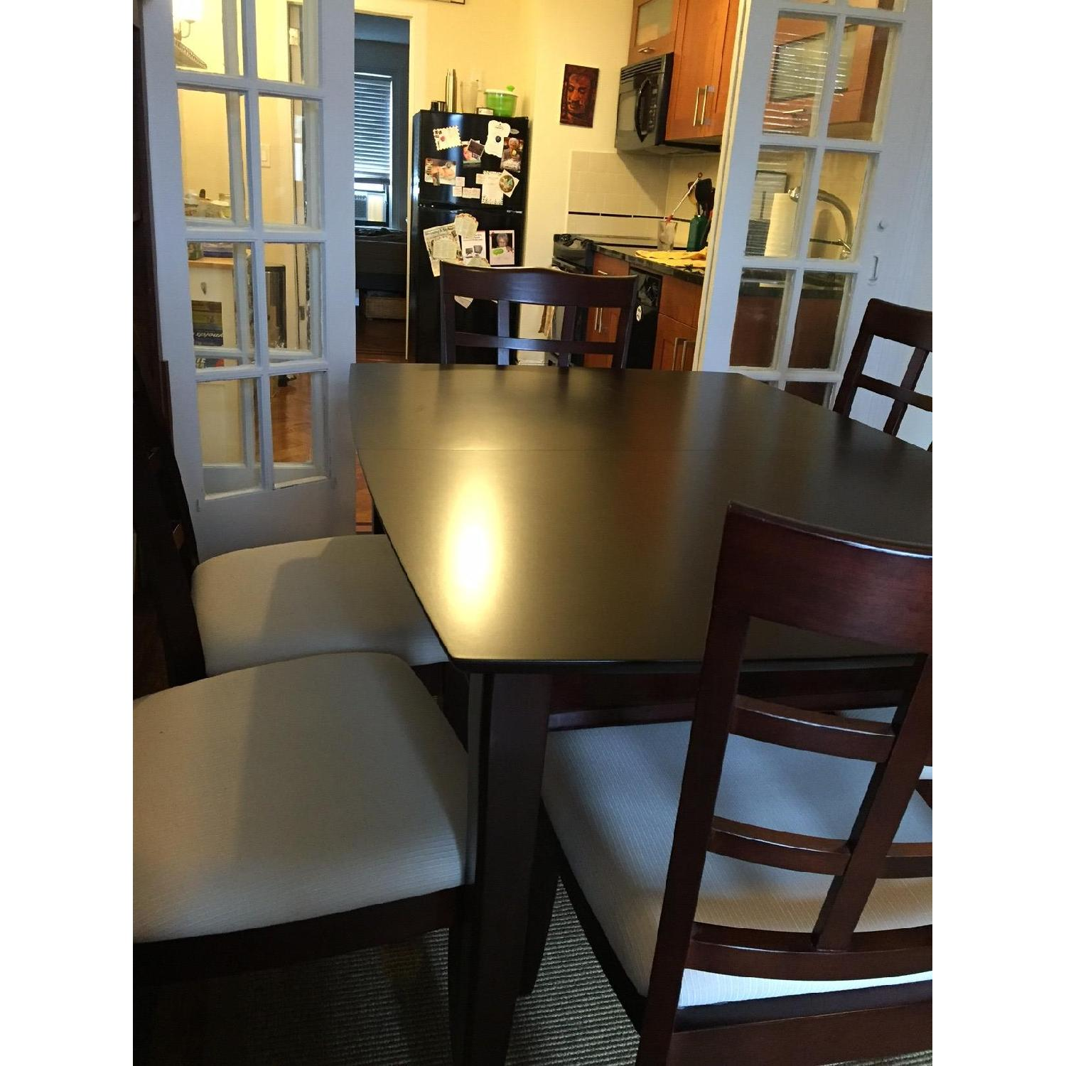 Rooms To Go Dining Room Table W 6 Chairs Aptdeco