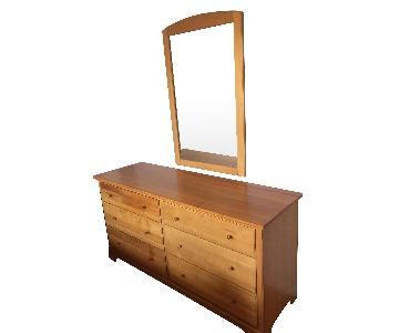 Pottery Barn Dresser w/ Mirror