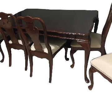 Stanley Furniture 7 Piece Expandable Dining Set