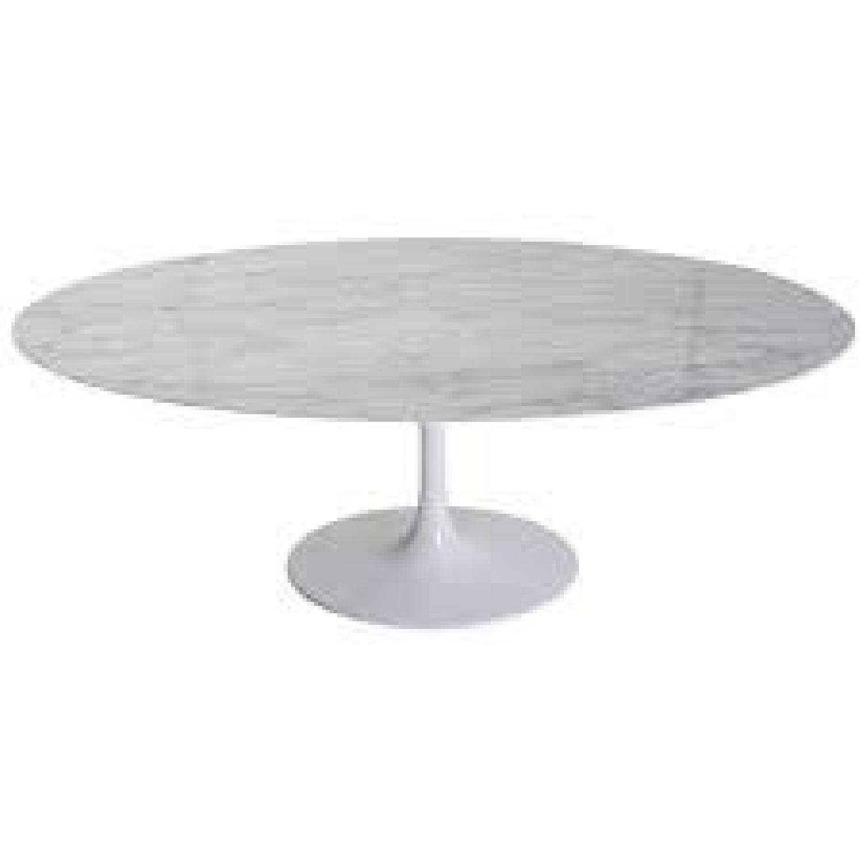 Italian Marble Saarinen Oval Dining Table AptDeco - White saarinen oval dining table
