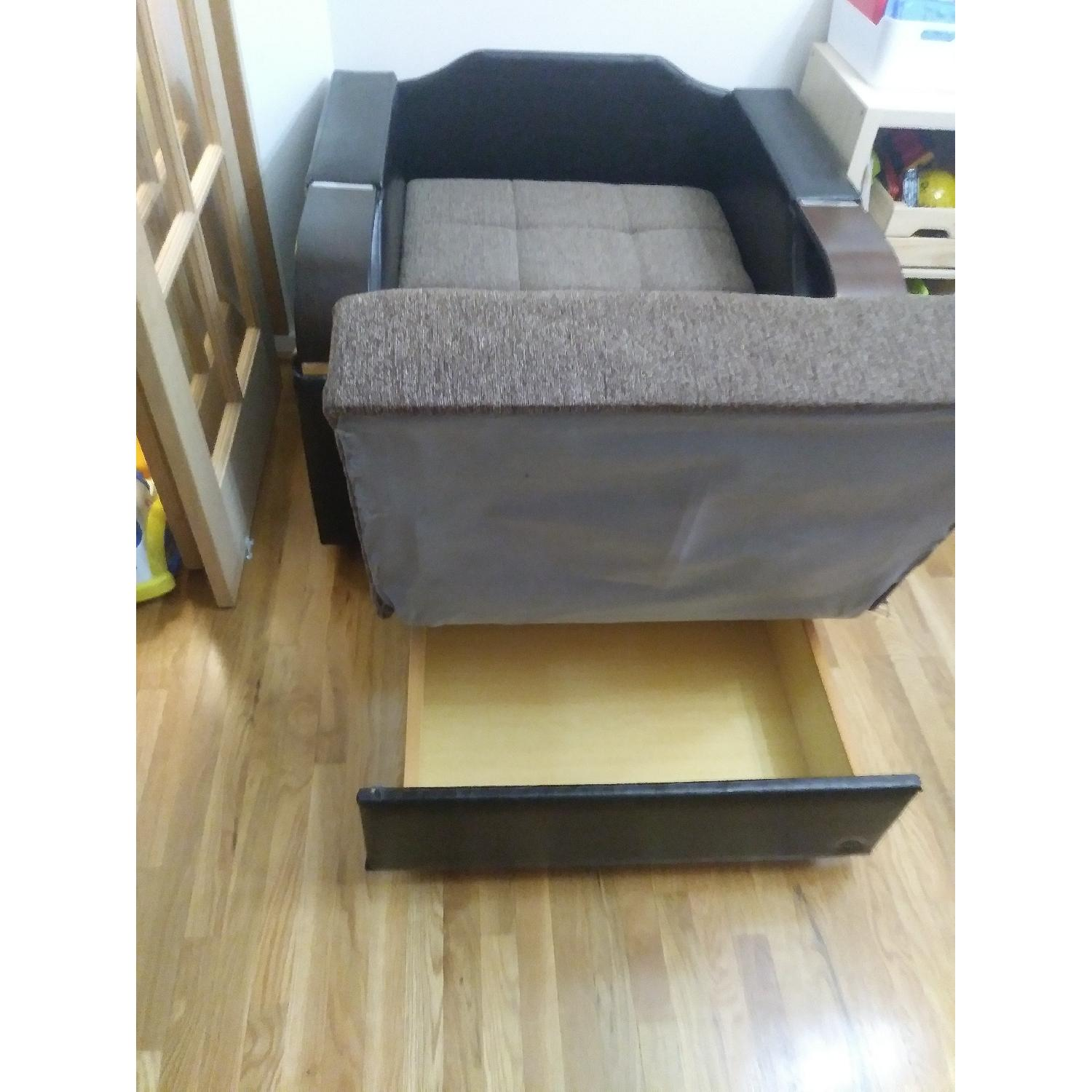 ... Italian Convertible Lounge Chair/Bed 2