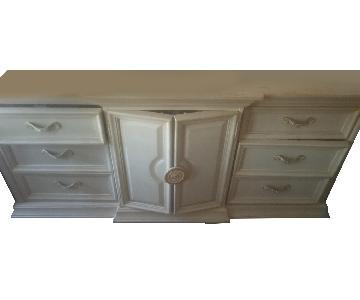 Custom 9-Drawer Dresser