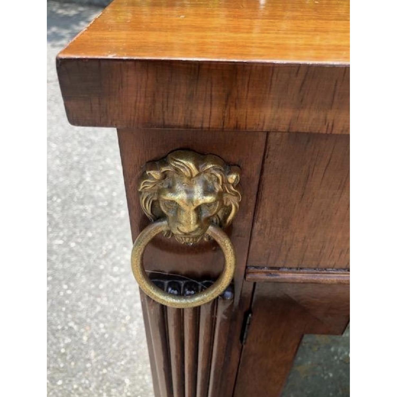 Kittinger Regency Style Mirrored/Eglomise Bar Cabinet