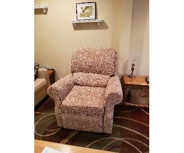 Bob's Patterned Fabric Recliners