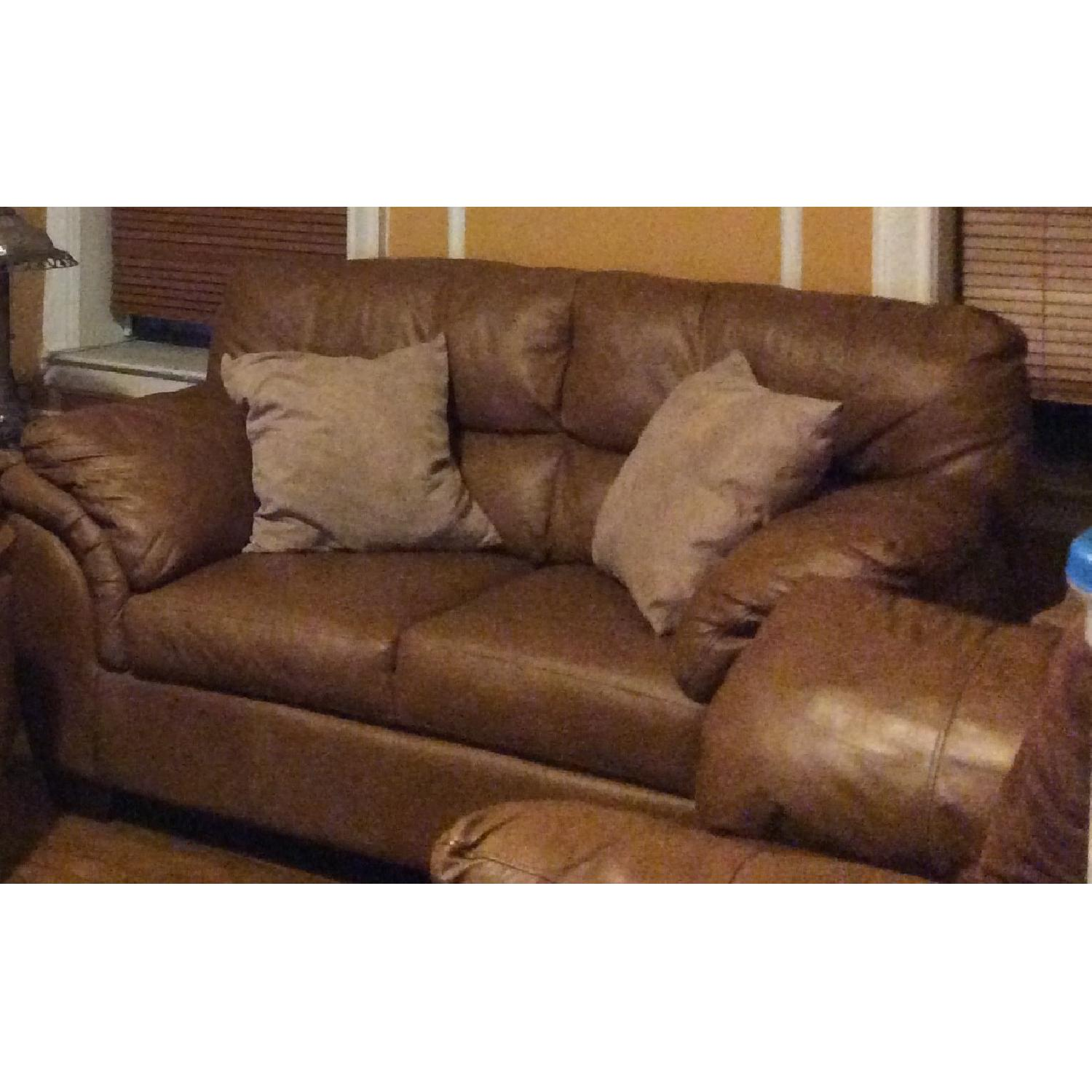Medium Leather Sofa