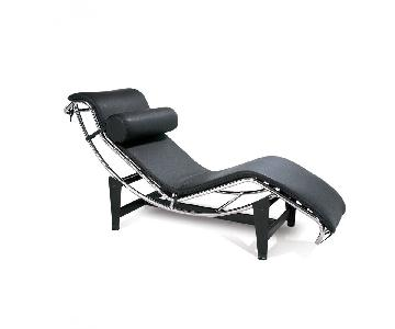 Leather Chaise Lounge in Black