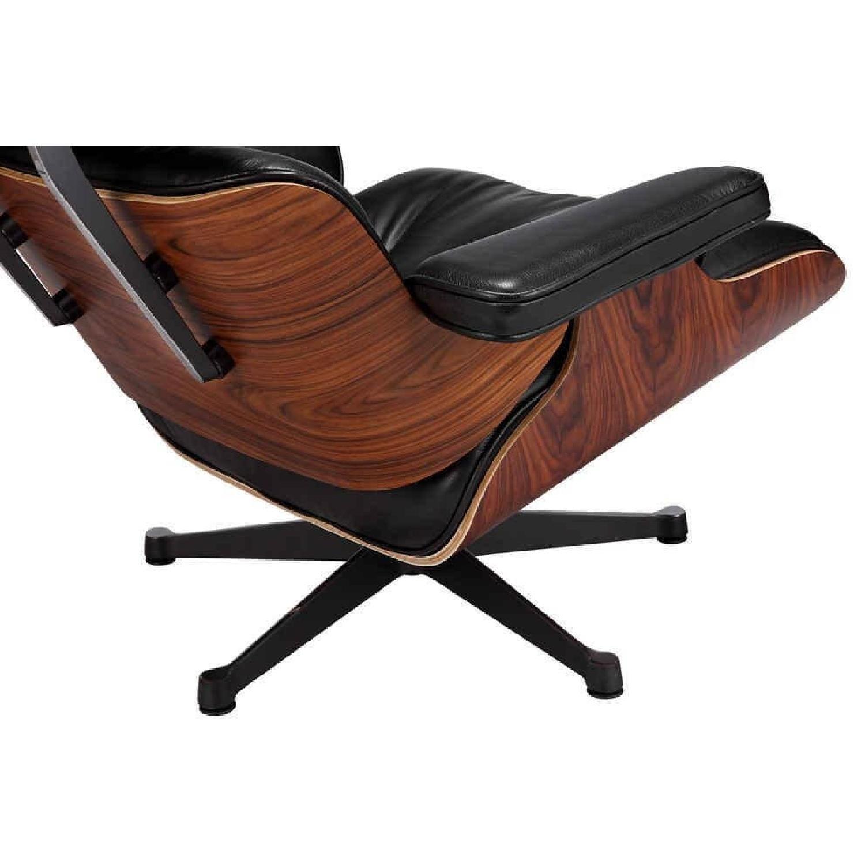 Eames Lounge Chair Replica & Ottoman in Black - AptDeco