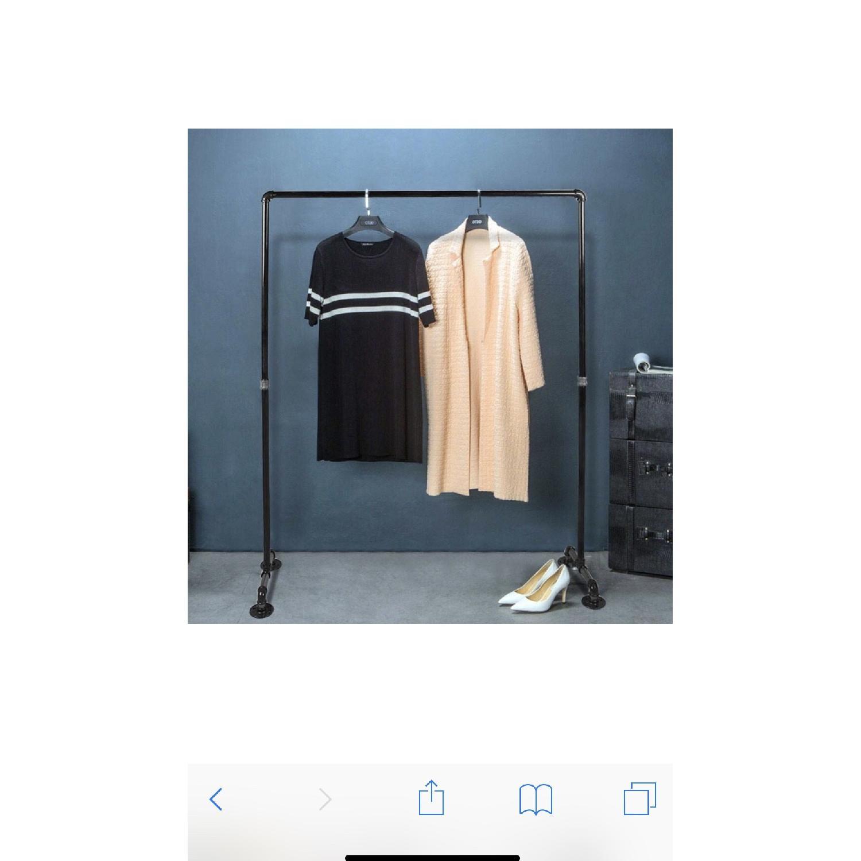 Pipe Clothing Rack