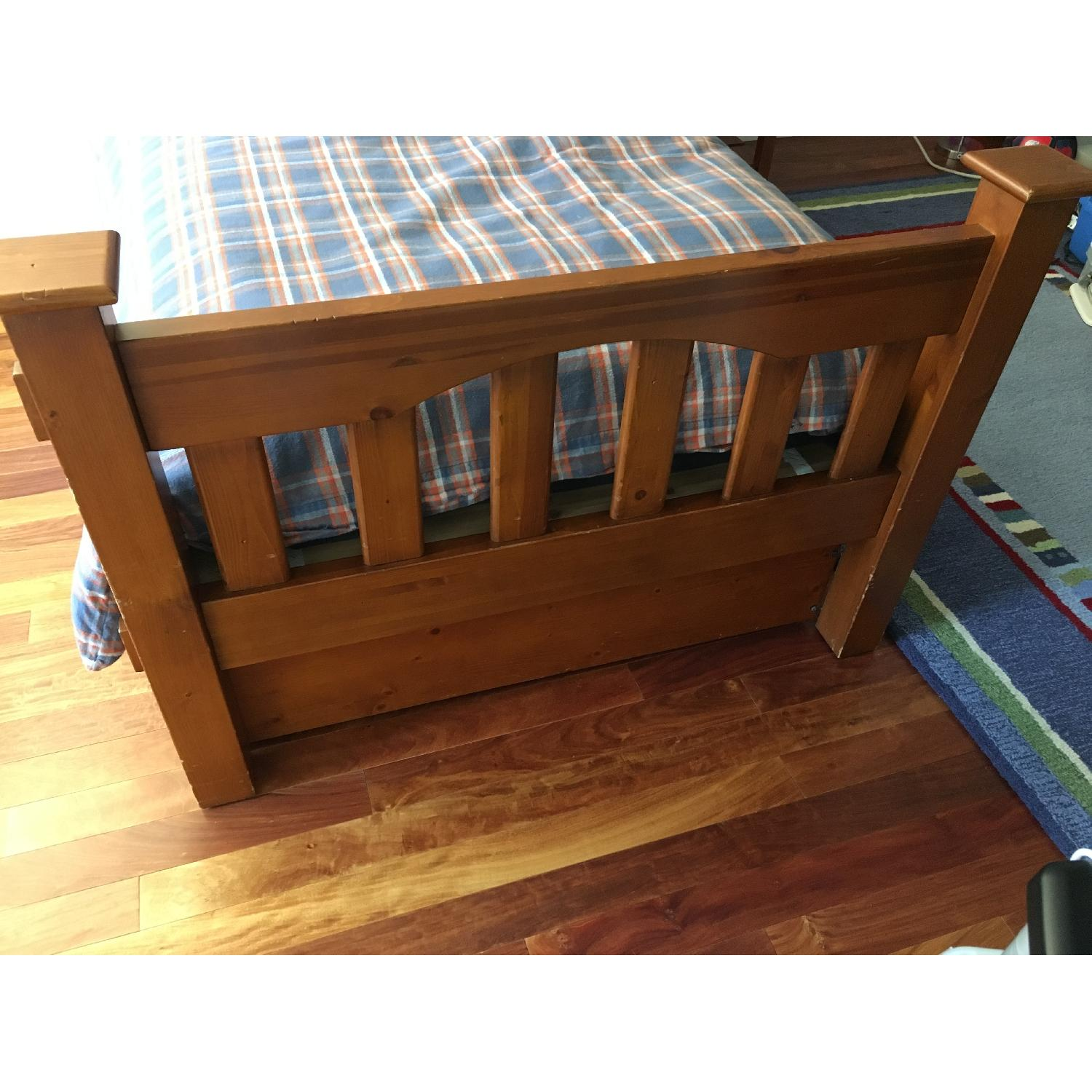 Pottery Barn Kendall Twin Bed w/ Trundle - image-4