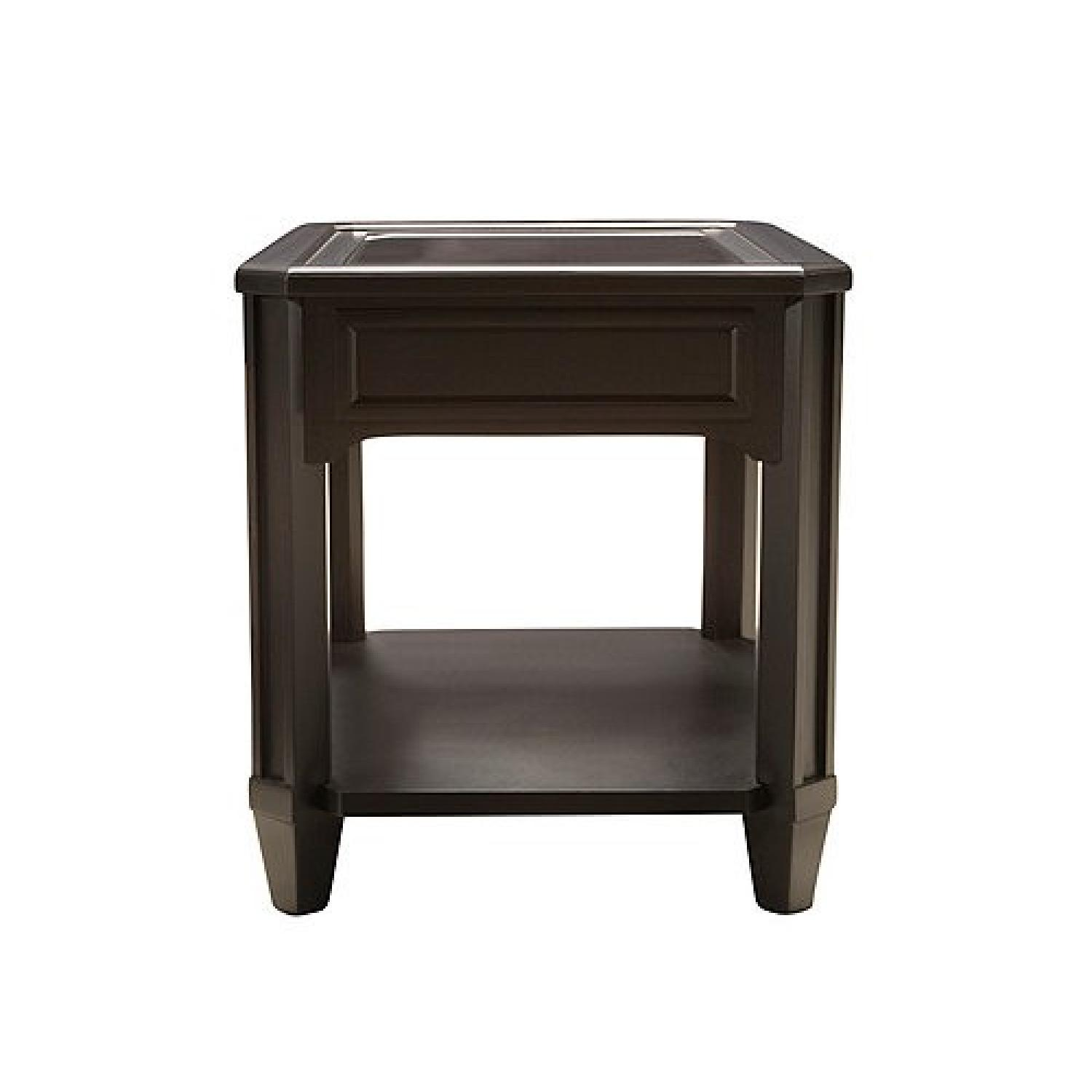 Raymour & Flanigan Farrington Glass End Table