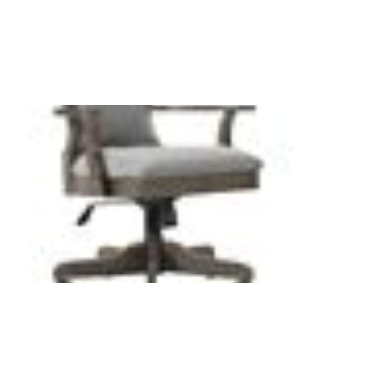 Raymour Flanigan Kasari Home Office Chair Aptdeco