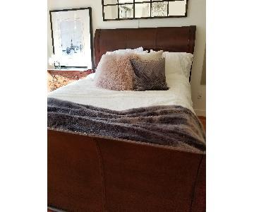 Z Gallerie Valentino Queen Size Bed