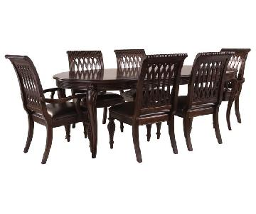 Raymour & Flanigan Belmont 7-Piece Extending Dining Set