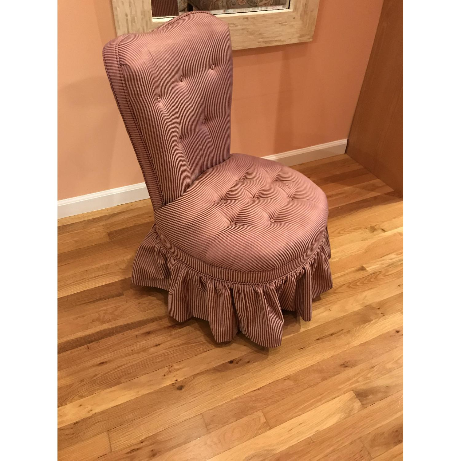 Slipper/Accent Chair - image-1
