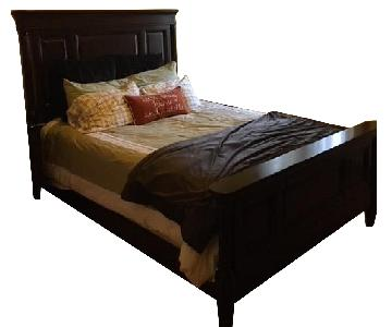 Raymour & Flanigan Queen Size Bed