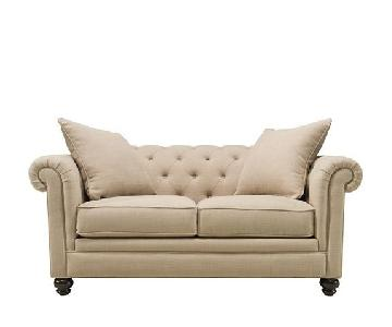 Raymour & Flanigan Tufted Loveseat