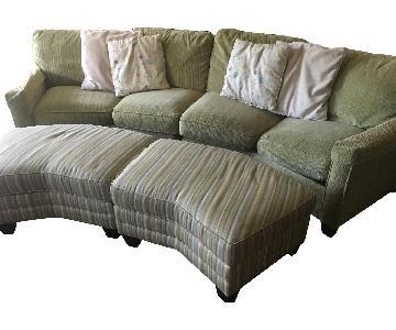 Bassett 2-Piece Sectional Sofa & 2 Ottomans