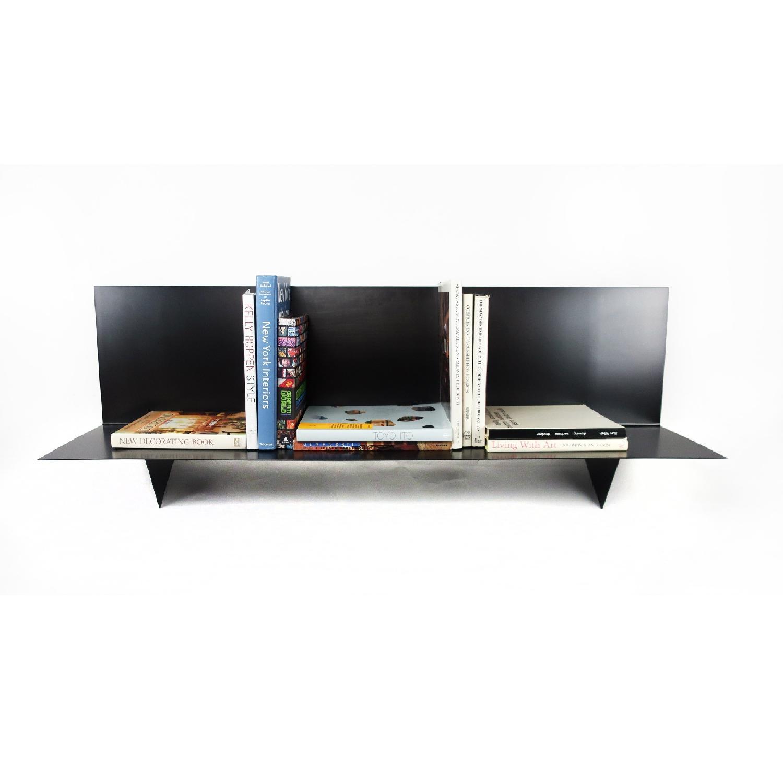 Tenon Design Metal BG Record Shelf