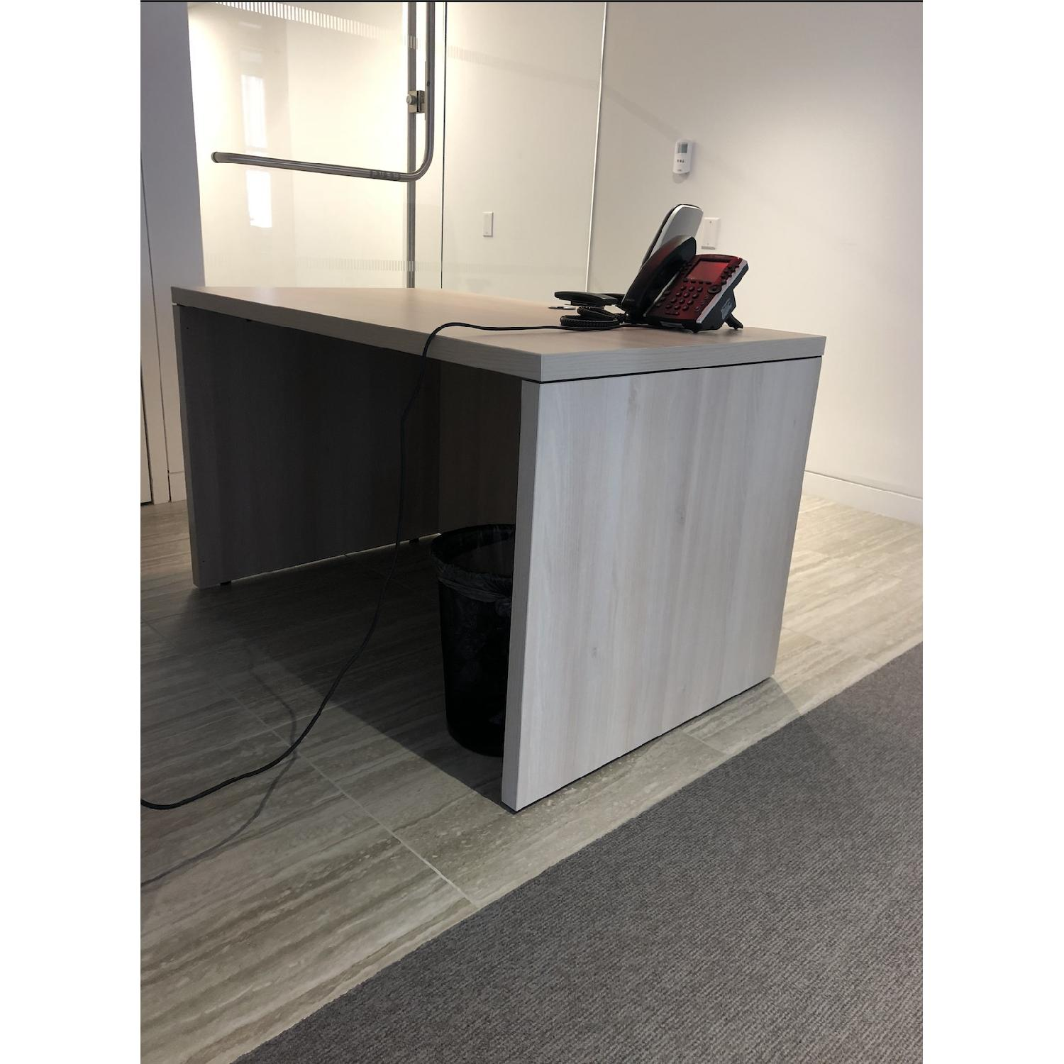 ... Steelcase Modular Office Desk 2