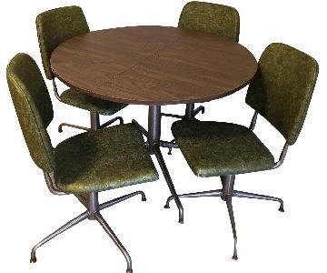 Vintage Round 5-Piece Dining Set