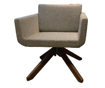 Palomino Collection Swivel Guest Chair w/ Walnut Base