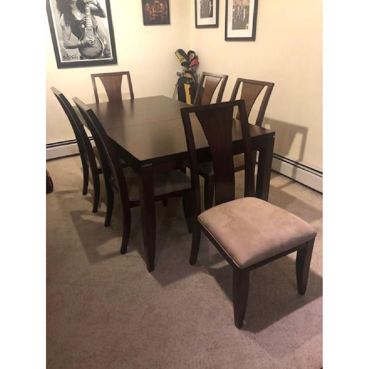 Raymour & Flanigan 7 Piece Expandable Dining Set