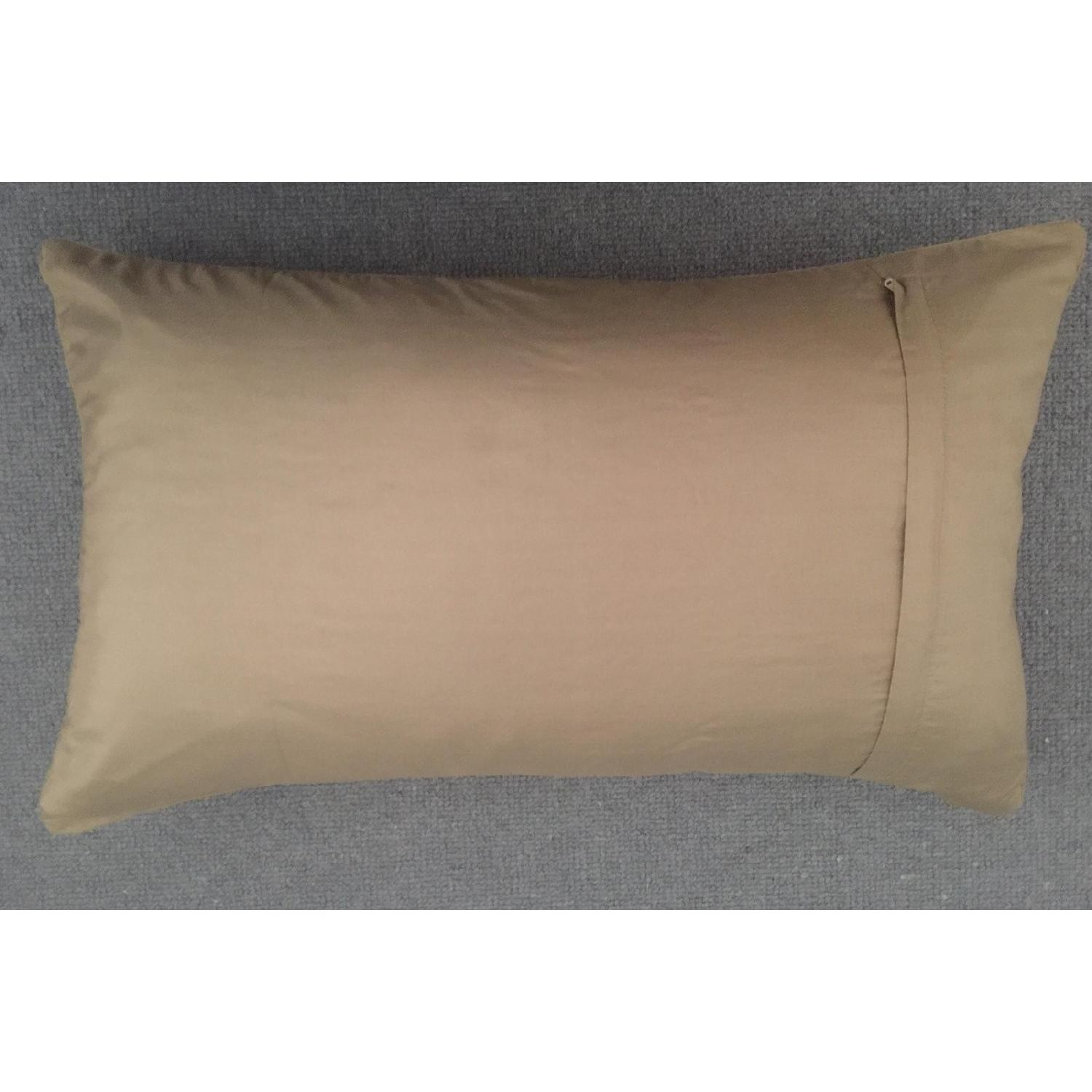 Scroll Medallion Throw Pillow-2