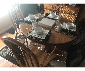 Solid Oak 7-Piece Expandable Dining Set