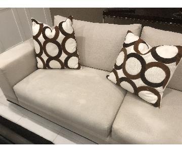 V Home & Rugs Throw Pillows