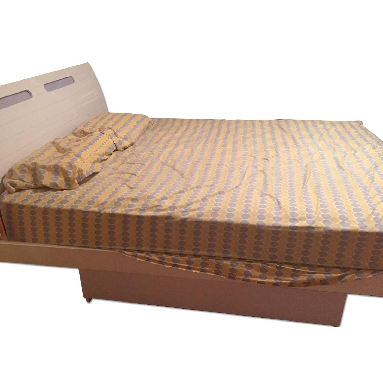 High Gloss White Platform Bed Frame w/ Storage