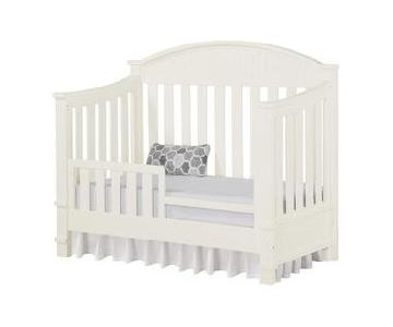 Bertini Saybrook Crib in White