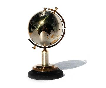 Vintage Globe Cigarette Case by Windmill