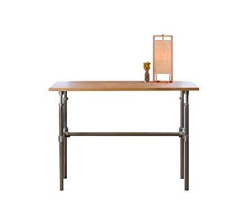 Erektor Height-Adjustable Standing Desk
