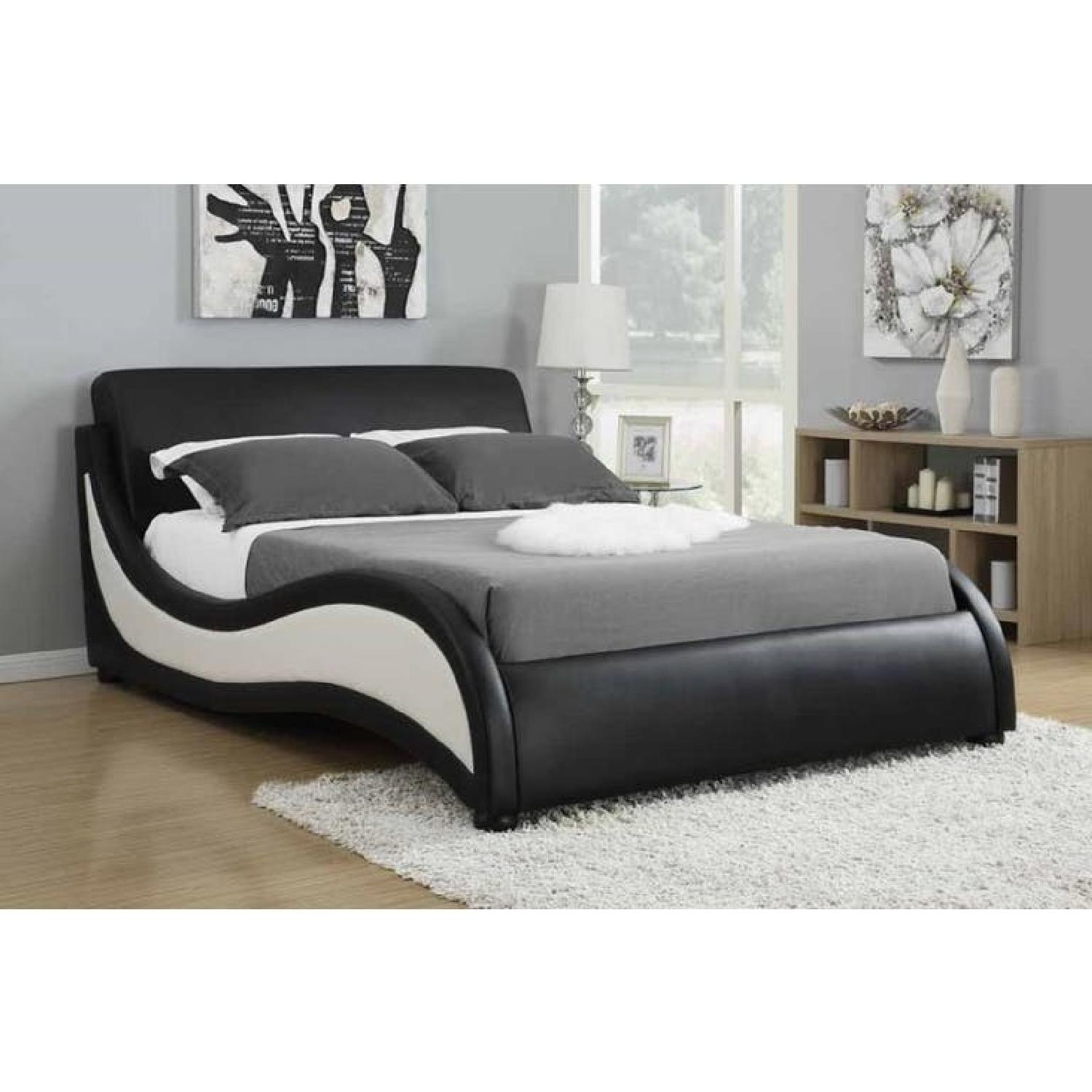 Modern 2-Tone King Size Bed w/ Space Age Design-0