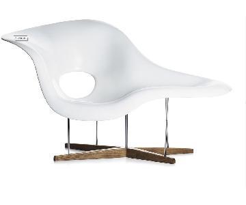Eames Office La Chaise Chair