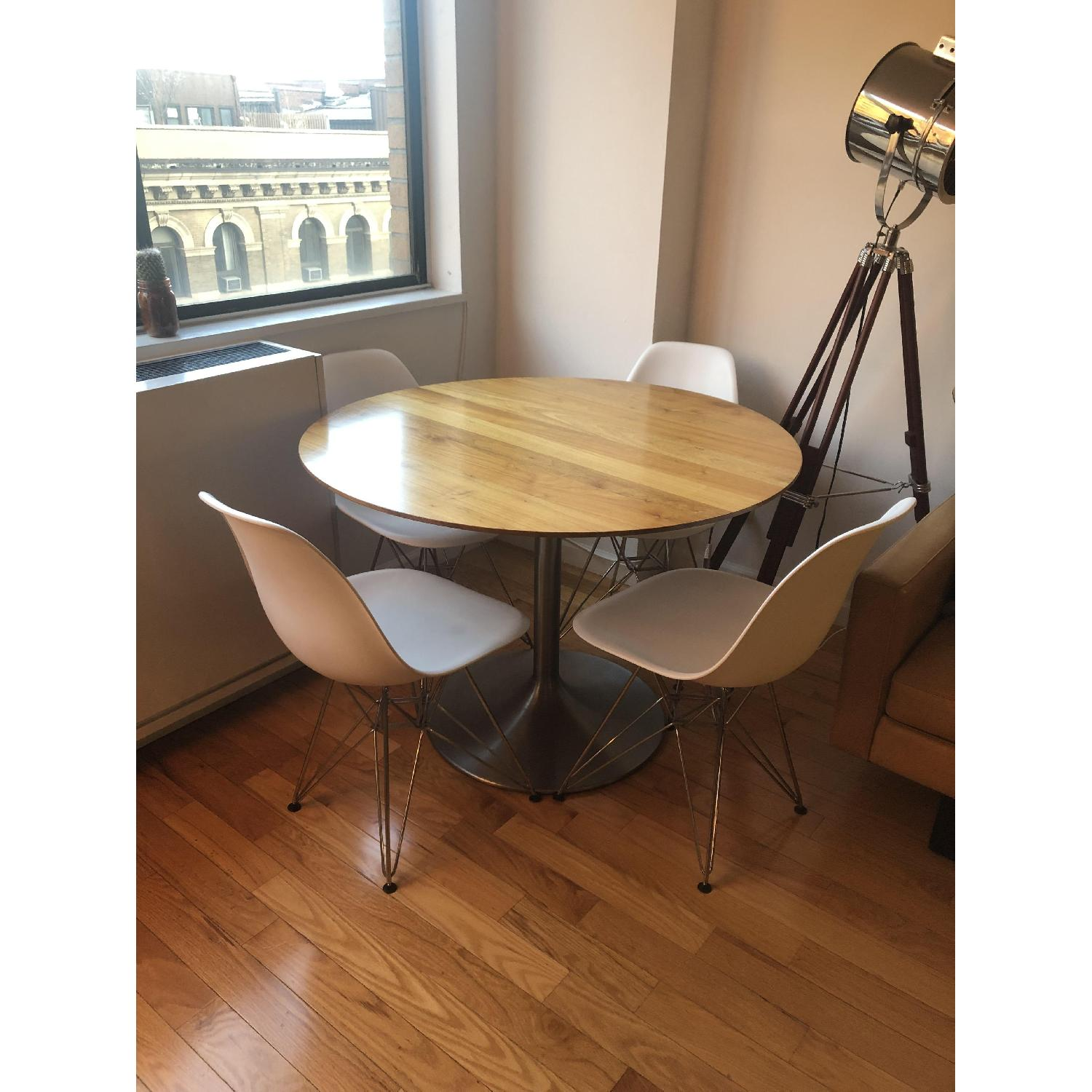 Room & Board Aria Round Dining Table-0