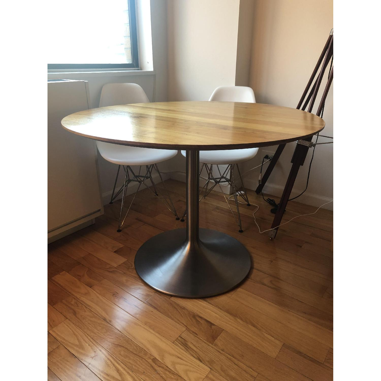 Room & Board Aria Round Dining Table-4