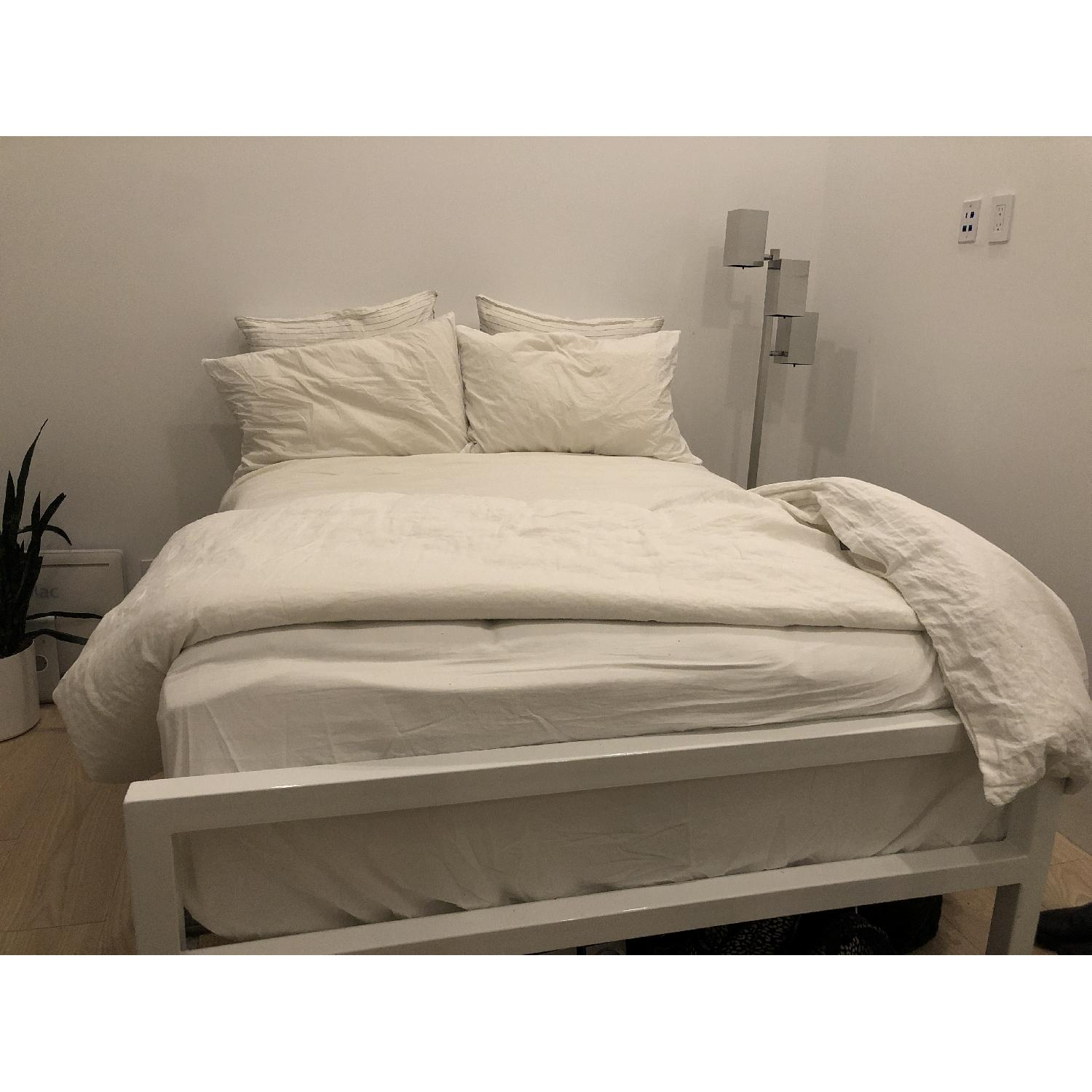 Room & Board Parsons White Tall Full Size Bed-1